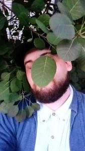 Yarwood.headshot.with.leaf